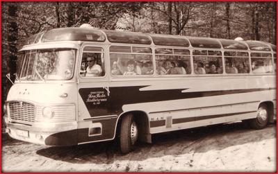 bus_1957